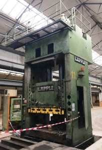 0677 LAPLLE MODEL - ZEH500-500 Hydraulic Press 1